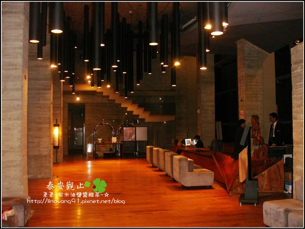 2009-1115-泰安觀止大廳夜景.jpg