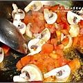 蕃茄肉醬通心麵2009-1225 (1).jpg