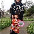 2010-0131-玻璃工藝博物館紅色和服外拍 (11).jpg