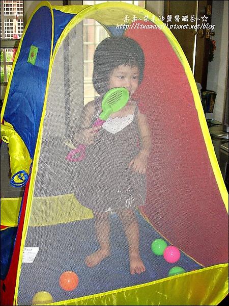 2009-0820-YUKI-1歲7個月的球屋 (1).jpg