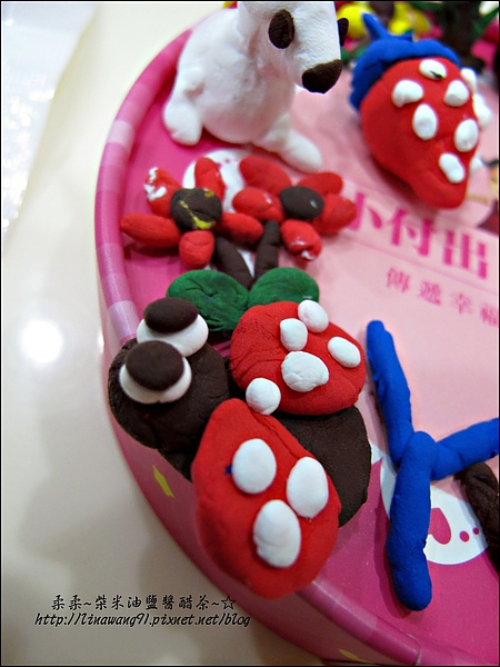 YUKI-2歲3個月玩黏土2010-0409 (13).jpg