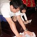 2010-0323-yuki 2歲3個月玩痱子粉 (6).jpg