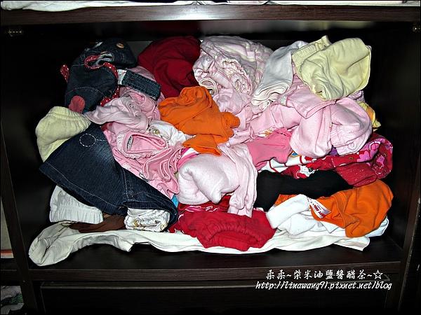 2010-0507-yuki夏天的衣服收納 (22).jpg