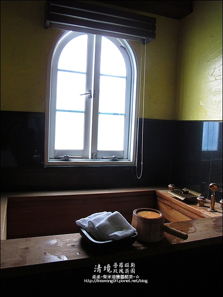 普羅旺斯玫瑰莊園清晨 -2010-0920 (8).jpg