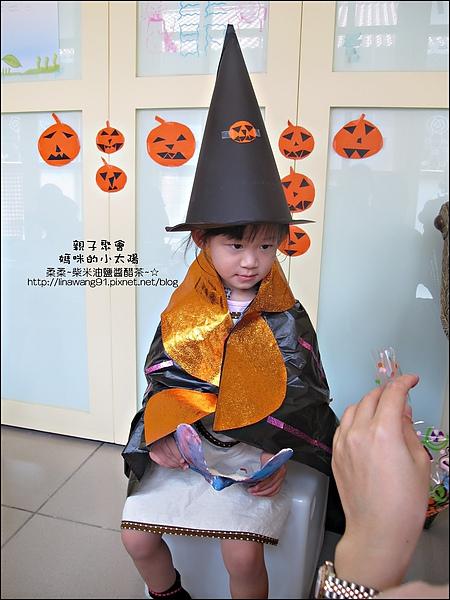 媽咪小太陽親子聚會-萬聖節-蝴蝶面具-2010-1025 (31).jpg