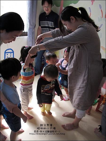 媽咪小太陽親子聚會-玻璃-馬賽克 2010-1018 (1).jpg