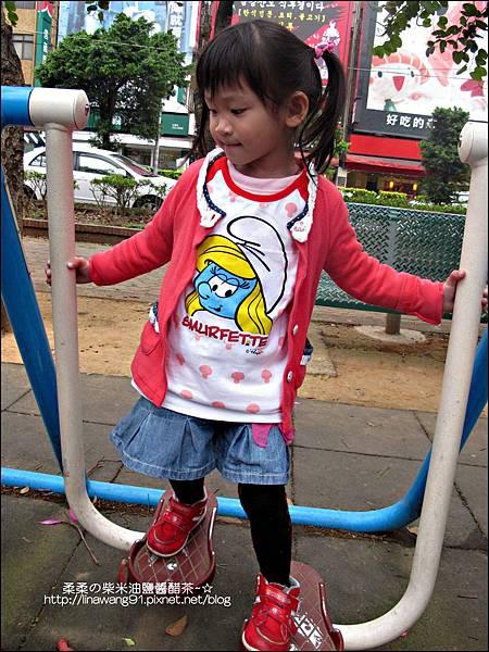 2011-0319-bossini衣服穿搭 (17).jpg