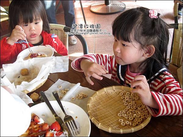 2011-0226-灣潭玫瑰草莓園 (52).jpg