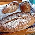 2010-0709-國際陶瓷藝術節 (33)-窯烤健康麵包.jpg