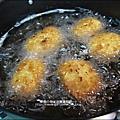 2011-0307-康寶香蟹南瓜-火腿蘑菇濃湯-可樂餅-親子丼 (10).jpg