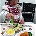 2011-0307-康寶香蟹南瓜-火腿蘑菇濃湯-可樂餅-親子丼 (15).jpg