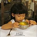 普羅旺斯玫瑰莊園-2010-0919-吃晚 (13).jpg