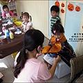 媽咪小太陽親子聚會-萬聖節-蝴蝶面具-2010-1025 (29).jpg