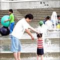 2010-0709-國際陶瓷藝術節 (21)-戲水區.jpg