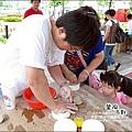 2010-0709-國際陶瓷藝術節 (11)-陶片DIY.jpg