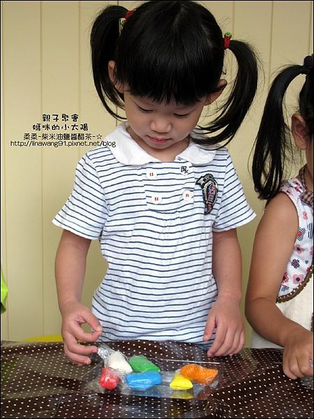 媽咪小太陽親子聚會-黏土豆豆-2010-1013 (17).jpg