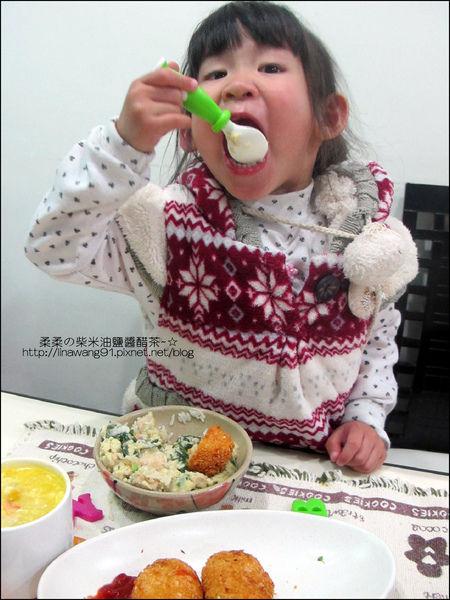 2011-0307-康寶香蟹南瓜-火腿蘑菇濃湯-可樂餅-親子丼 (20).jpg