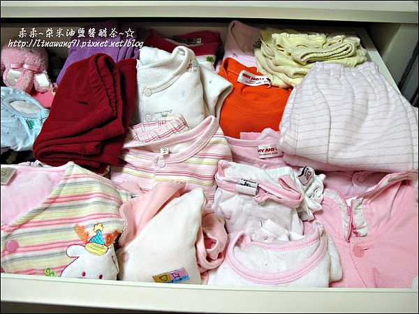 2010-0507-yuki夏天的衣服收納 (10).jpg