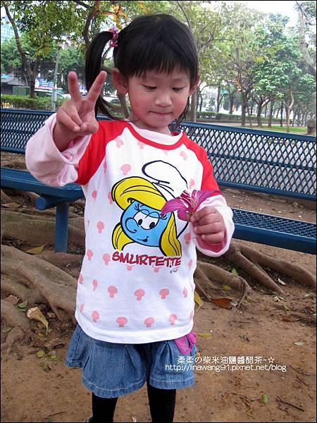 2011-0319-bossini衣服穿搭 (21).jpg