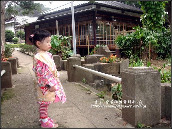 2010-0130-麗池公園-粉色和服外拍 (26).jpg