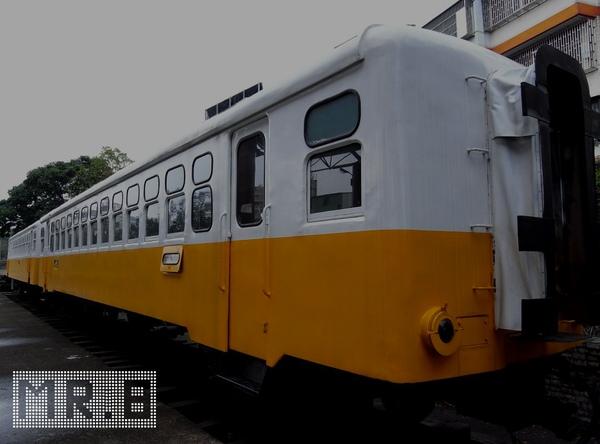 MR8-9.jpg