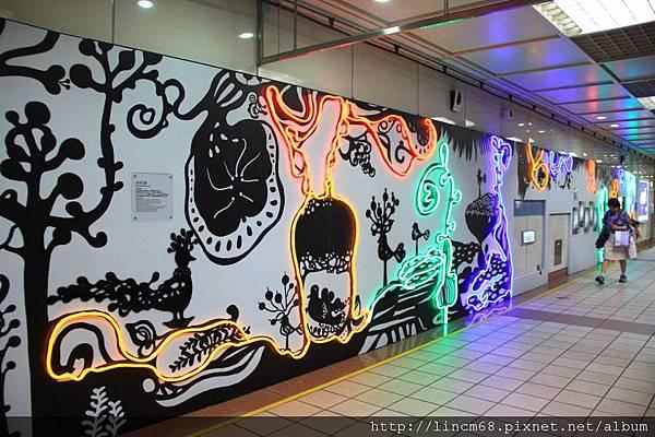 1000610-《給你一個ㄓㄗㄢˋ-SuperWOW》-台北當代藝術館-(台北捷運忠孝復興站)- 122.JPG