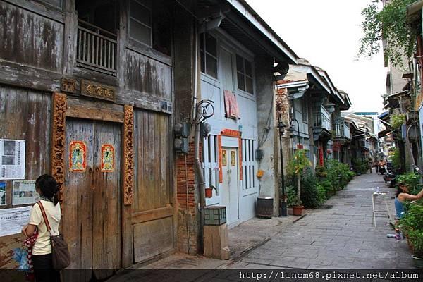 1000602-台南市神農街- (8).JPG