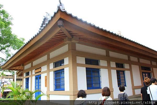 1000602-台南市忠義國小圖書館(舊神社)- (3).JPG