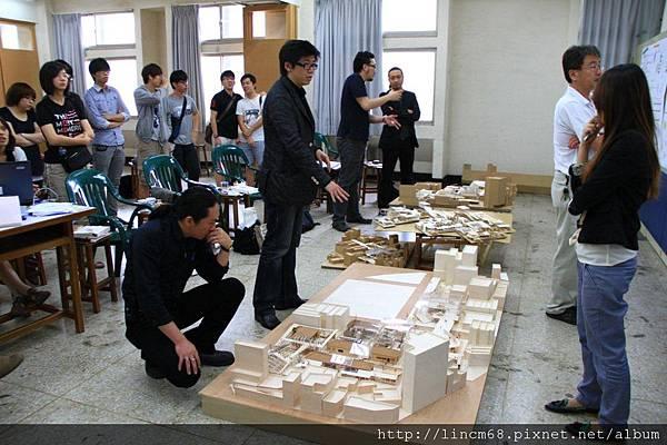 1000520-逢甲建築-畢業總評- 047.jpg