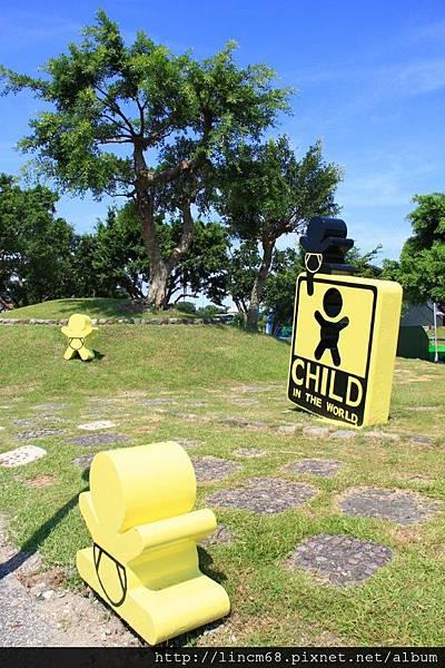 1000705-2011宜蘭國際童玩節-備展- (7).JPG