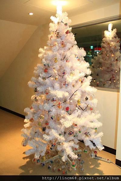 1001223-大武崙工業區服務中心-「基器人‧吉氣人聖誕樹」公共藝術裝置- (52).jpg