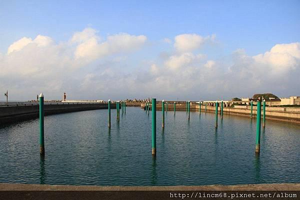 1001024-新北市石門區-荒廢的遊艇碼頭- (4).JPG