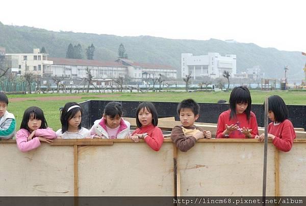 090312小學生體驗放樣 (81).JPG