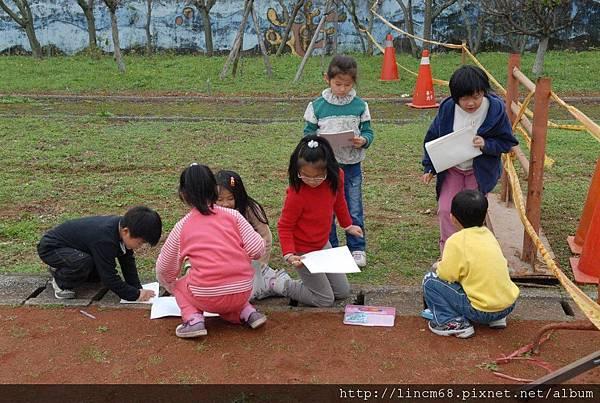 090312小學生體驗放樣 (85).JPG