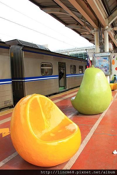 1010111-咱的快樂火車站(甜蜜季節系列)-陳齊川-斗六車站- 003.JPG