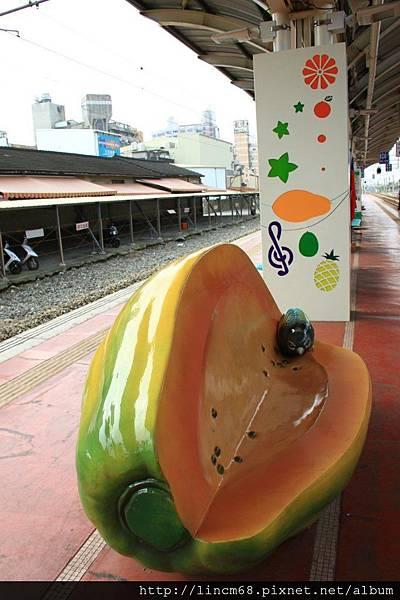 1010111-咱的快樂火車站(甜蜜季節系列)-陳齊川-斗六車站- 004.JPG