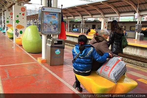 1010111-咱的快樂火車站(甜蜜季節系列)-陳齊川-斗六車站- 015.JPG