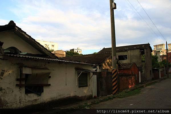 1001104-桃園龜山-憲光二村- (26)