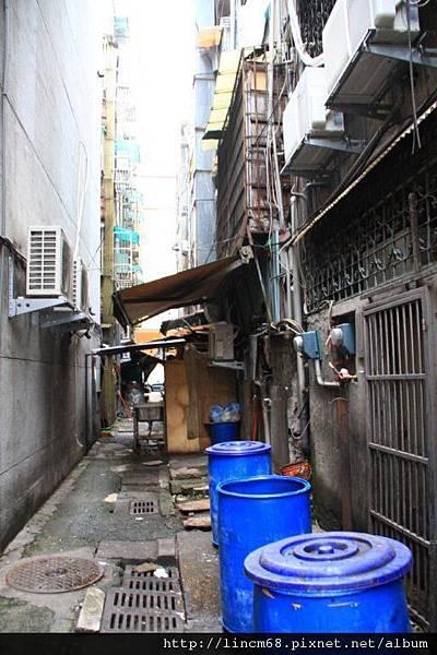 1000312-忠泰街區附近後巷-  (1).jpg