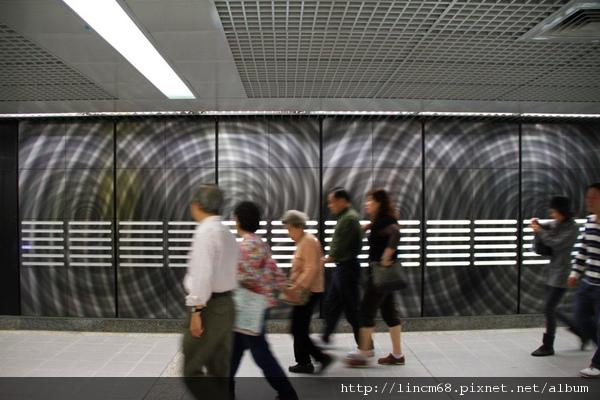 1000227-快或慢-三浦光一郎-捷運南港線東延段-南港展覽館站- (12).JPG