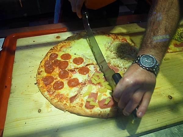 Mr. No Q 美式現烤 Pizze