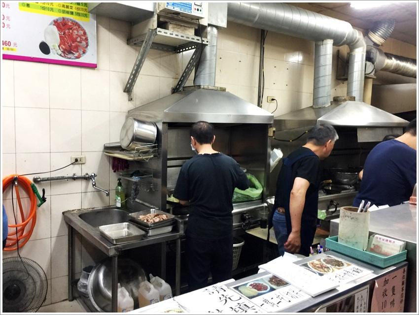 台南美食-一鴨三吃大同路好可口烤鴨