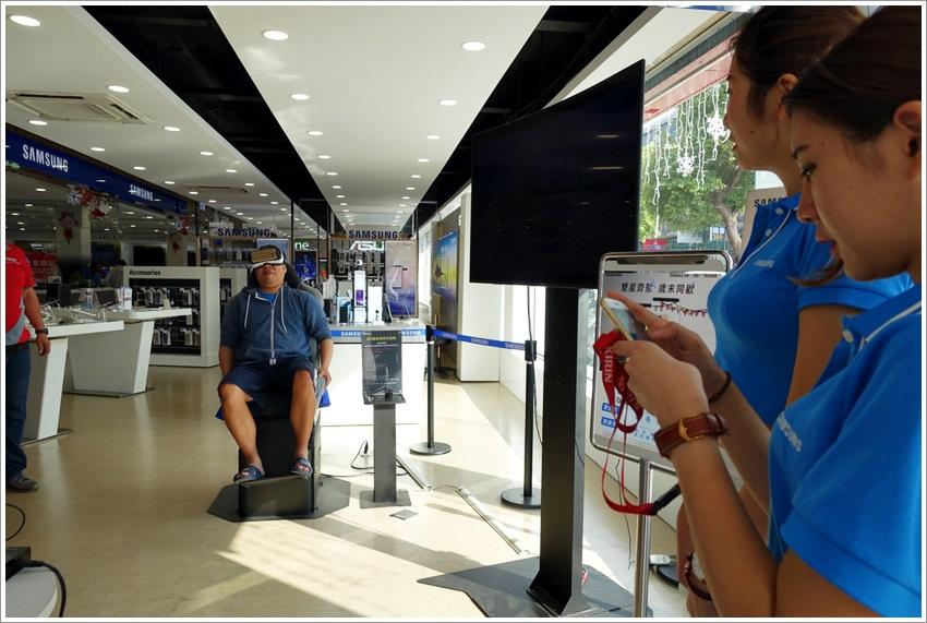 實體活動-高雄全國電子新一代3C數位店Digital City民族店400坪超大展售空間就和百貨公司一樣好逛