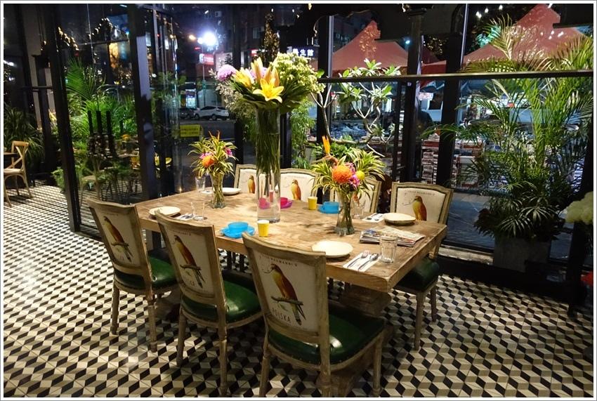 台中美食-Thaï.J泰式料理-每一角度都是漂亮美到爆的泰式花園用餐