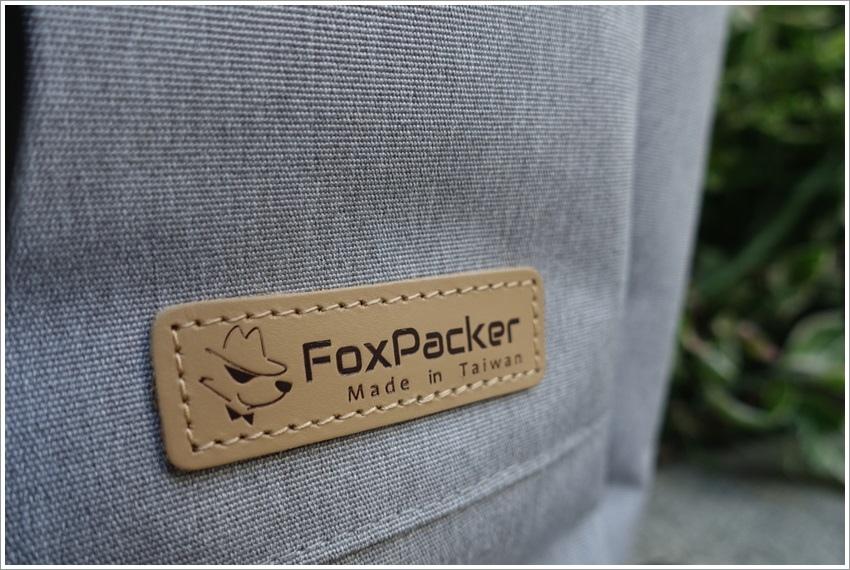 體驗-狐狸背客FoxPacker夾層多輕量防水外出背包