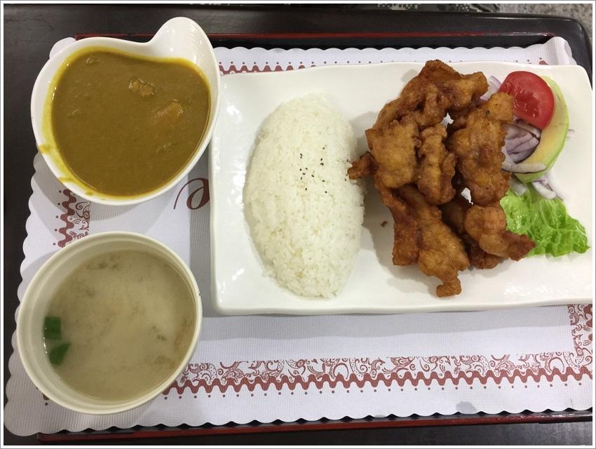 台南美食-一路咖哩屋文賢游泳池旁加飯加湯免費