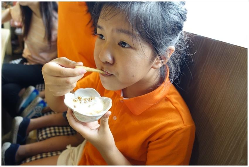 台南美食-樂禾早午餐專賣烤飯糰、厚鬆餅好拍又美味