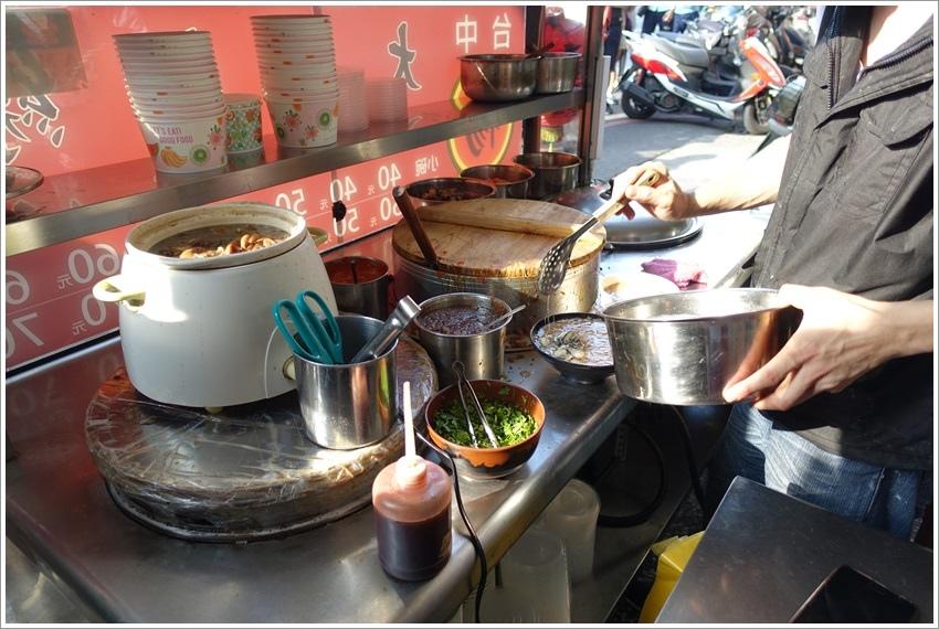 台南美食-北區台中楊大腸麵線隱藏版干貝六支天使紅蝦麵線