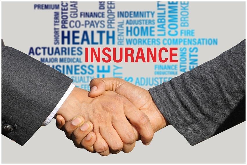 insurance-3113180_960_720.jpg