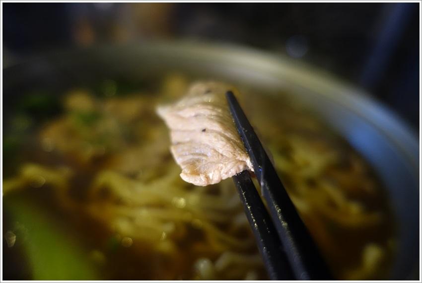 台南美食-炭發麵台南永康店道地的日本拉麵